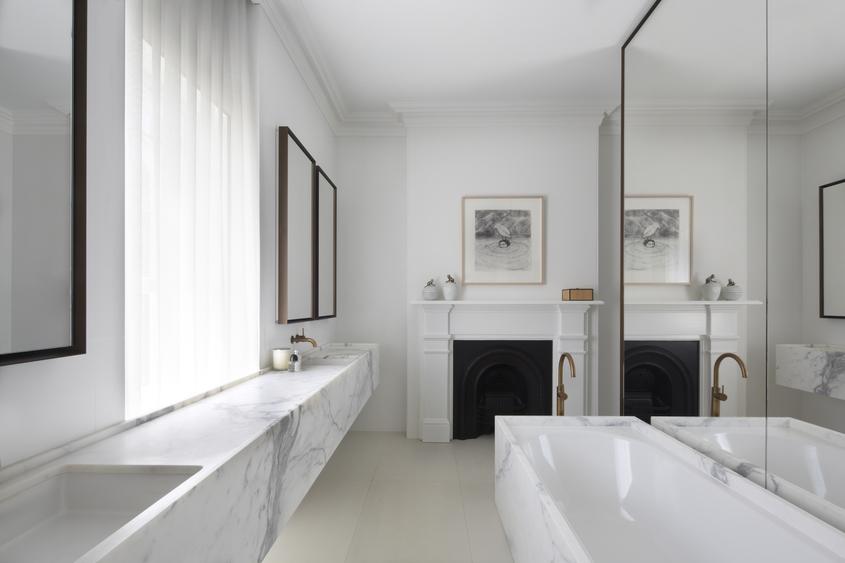 Australian interior design awards 2015 residential award for Smart bathroom design